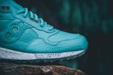 Saucony Shadow 5000 Righteous One x Epitome_02